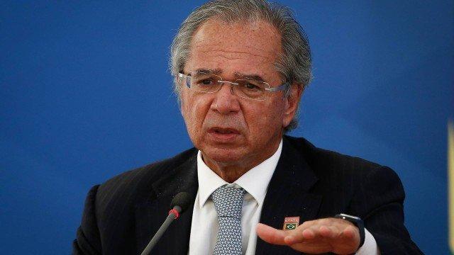 O Ministro da Economia Paulo Guedes propõe condicionante