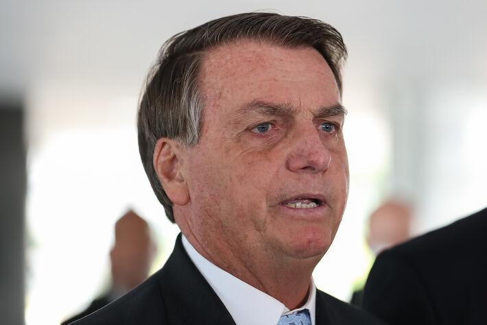 Presidente da República, Jair Bolsonaro durante coletiva de imprensa com Rodrigo Pacheco, Presidente do Senado Federal; e Arthur Lira, Presidente da Câmara dos Deputados.
