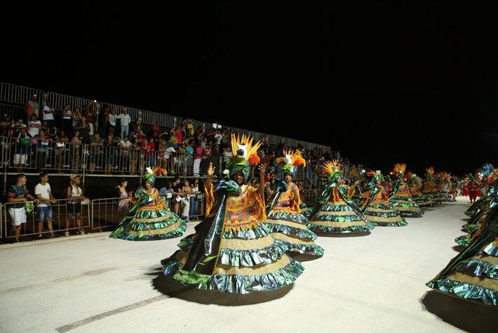 Compacto dos desfiles de 2020 serão exibidos na 2ª e 3ª feira de carnaval, pelas redes sociais da Lienca