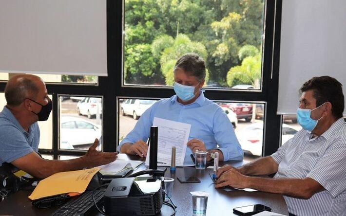 Empresário apresentou ontem (25) projeto ao secretário da Semagro, Jaime Verruk