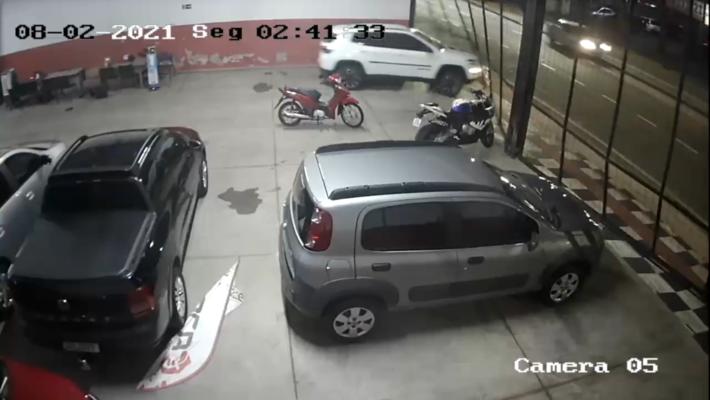 Furto dos veículos ocorreu na madrugada da última 2ª-feira (8.fev), até o momento ninguém foi preso