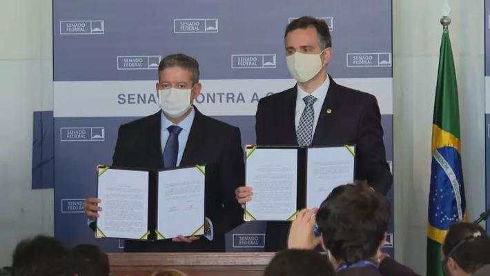 Arthur Lira (PP-AL) e Rodrigo Pacheco (MDB-SP) assinam declaração conjunta