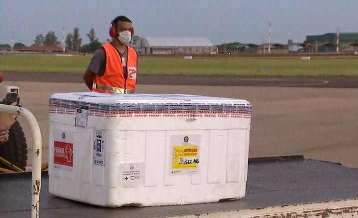 Novas doses de vacinas chegam em Campo Grande