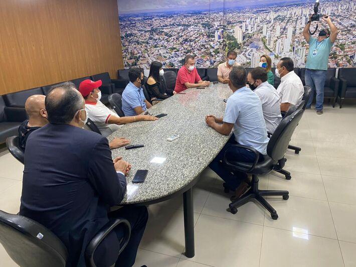 Representantes da bancada federal se reuniram com vereadores municipais em devolutiva à visita na Capital Brasília