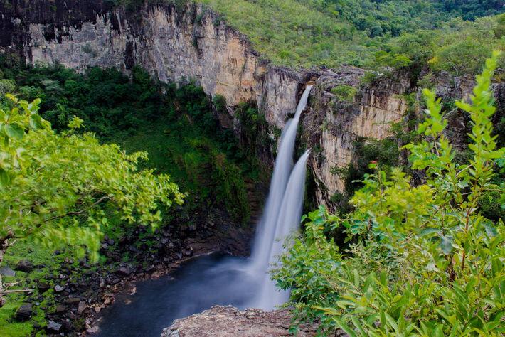 Cachoeira na Chapada dos Veadeiros, localizada no estado de Goiás -