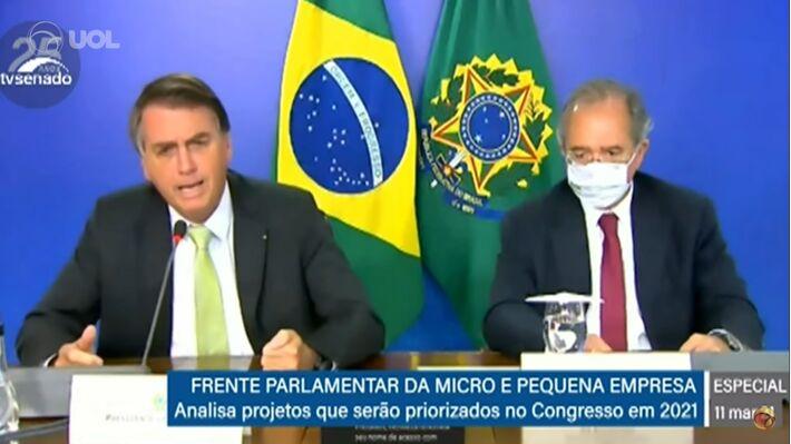 """Ao lado do ministro Paulo Guedes (Economia), o presidente disse que """"lockdown não é remédio"""""""