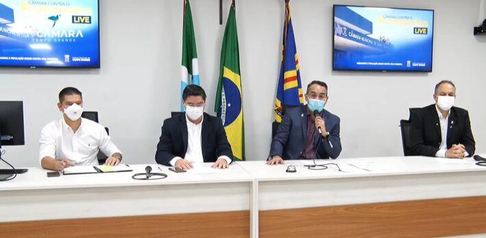 Vereador Dr. Sandro Benites comanda a live, prevista para acontecer toda 4ª feira, pelas redes sociais