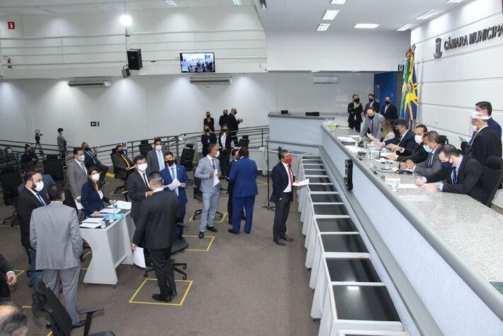 Sessão teve presença do Procurador-Geral de Justiça do MPE, que traçou panorama sobre a Covid-19