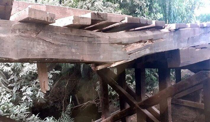 Ponte está danificada