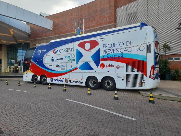 Ônibus terá profissionais da Saúde fazendo testes