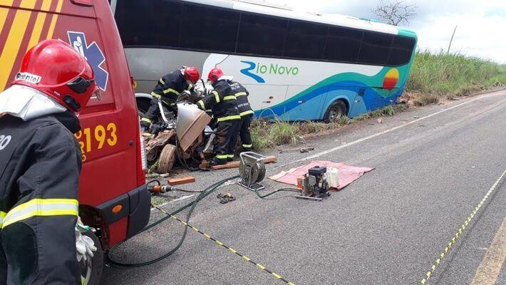 Corpo de Bombeiros fez o resgate das vítimas