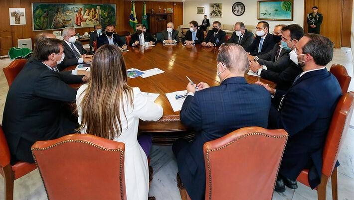 Reunião com o Vice-Líder do Governo no Congresso Nacional, Senador Jorginho Mello (PL/SC).