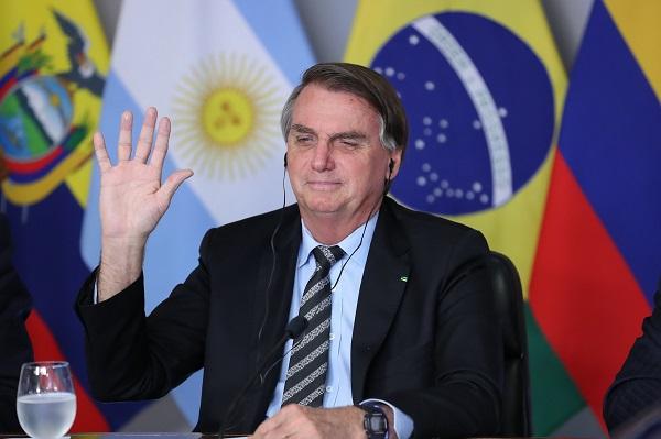 Compromisso à longo prazo de Bolsonaro vai contra pedido de medidas concretas e resultados parciais ainda este ano