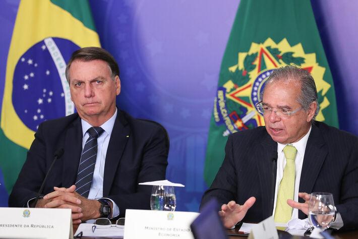 Na 2ª (05.abr.2021), Guedes disse que a versão original do Orçamento, enviada em agosto, ficou defasada por causa dos impactos da Covid na economia
