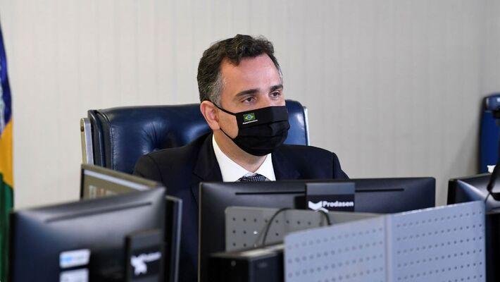Após encontro, Pacheco qualificou novo programa de corte de jornadas e salários como a salvação dos empregos no Brasil