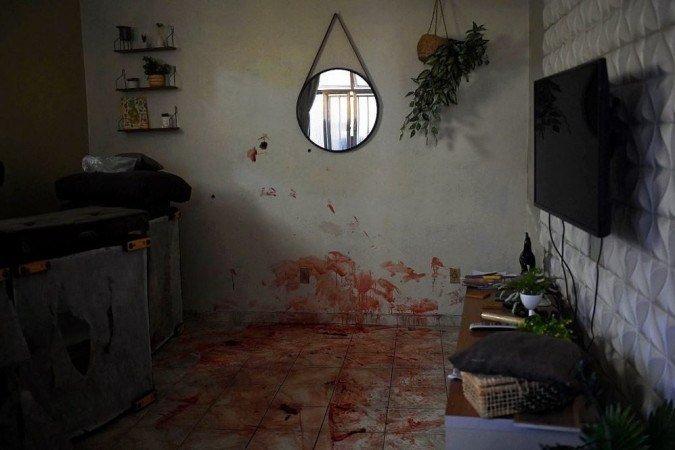 Casas foram banhadas de sangue em comunidade brasileira.