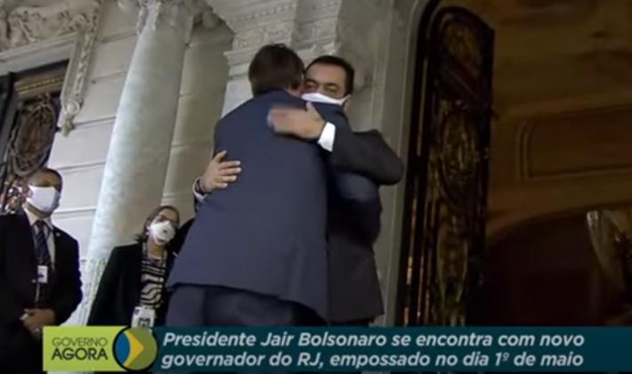 Claudio Castro e Jair Bolsonaro se reuniram um dia antes do massacre do Jacarezinho.