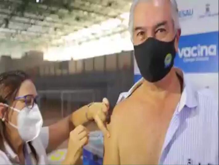 Esse é Reinaldo Azambuja.