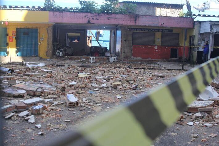Restaurante ficou destruído.
