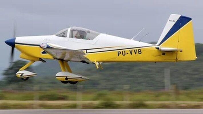 Foto do avião antes de ter caído próximo a São Gabriel do Oeste (MS)