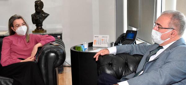 Queiroga ressaltou experiência da profissional durante nomeação publicada ontem (17.jun.2021)