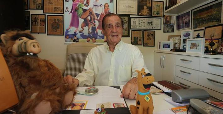 """Humorista e dublador ele tem personagens marcantes como na """"Escolinha do Professor Raimundo"""" e dublagens do Scooby Doo, Popeye, Alf, Bionicão, entre outros / MARCELO THEOBALD 30/09/2014 / AGÊNCIA O GLOBO"""