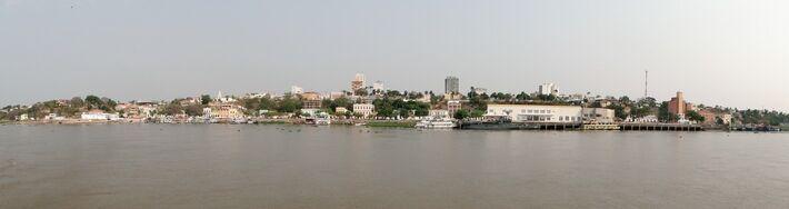 Vista parcial da cidade de Corumbá, em Mato Grosso do Sul, com destaque à cidade baixa, às margens do rio Paraguai.  Foto: DR - Carlos Parchen