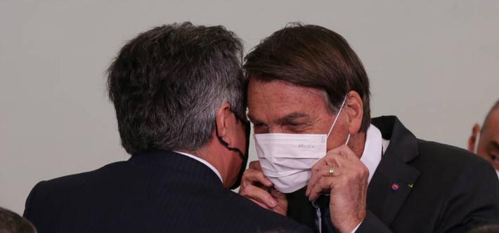 Ciro Nogueira e Jair Bolsonaro. A foto é do Pedro Ladeira, da FolhaPress