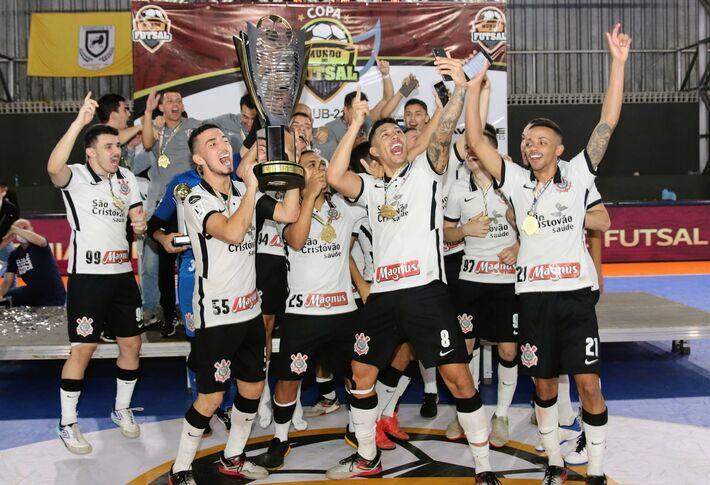 Corinthians bi-campeão da Copa Mundo do Futsal.