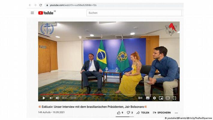 Jair Bolsonaro em entrevista à Markus Haintz e Vicky Richter. Foto: Reprodução