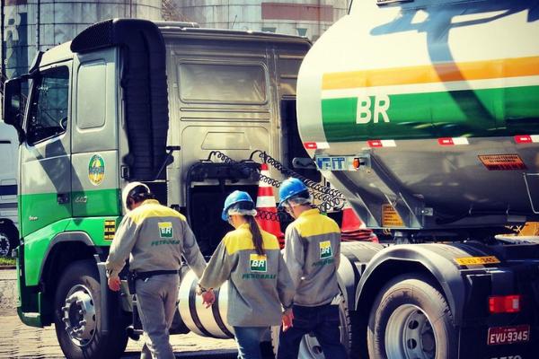 Combustível teve nova alta no governo Bolsonaro. Foto: Petrobrás   Flirck