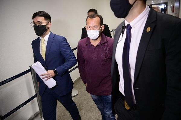 Ivanildo depõe no lugar de Marcos Tolentino, que não compareceu à CPI