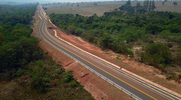 Pavimentação da rodovia alavanca a economia da região. Foto: Chico Ribeiro | Subcom