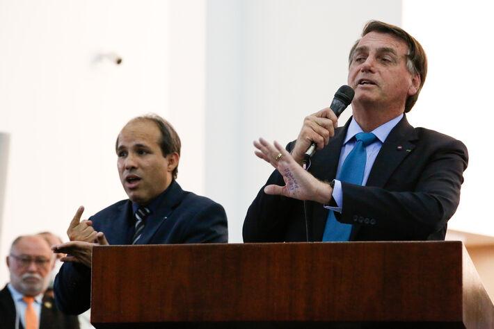 Esse é Jair Bolsonaro em evento evangélico. Foto: PP   PR