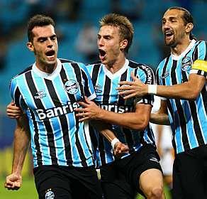 Rhodolfo marcou o único gol da partida em Porto Alegre<br />Foto: Lucas Uebel/Divulgação