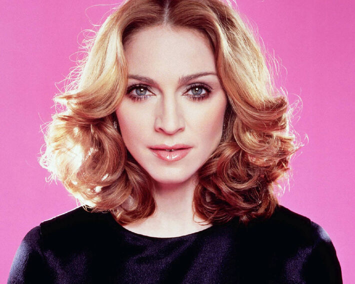 """A cantora de 55 anos continua fazendo jus ao apelido de Material Girl: Madonna ganhou US$ 125 milhões entre julho de 2012 e junho 2013 e lidera a lista de músicos mais bem pagos deste ano, divulgada pela revista """"Forbes""""<br />Foto: Divulgação"""