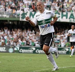 Alex pode voltar ao Palmeiras<br />Foto: Divulgação