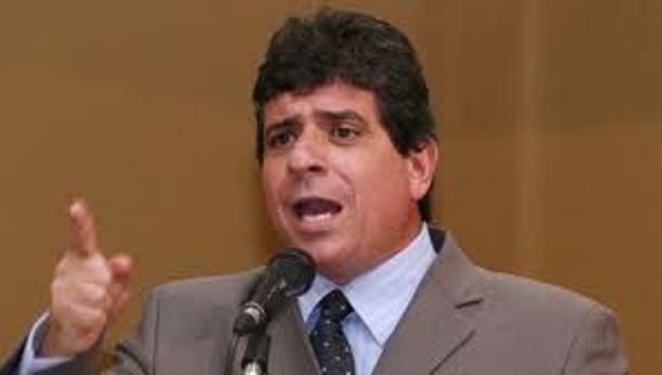 O presidente regional do PPS, Athayde Nery afirma que seu partido caminhará ao lado de Reinaldo nas eleições de 2014 - Foto: Arquivo