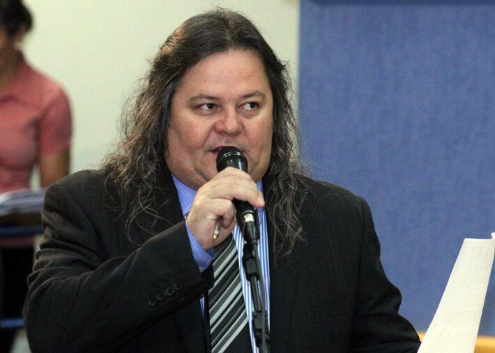 """""""Quem ama Campo Grande não gosta da administração de Bernal"""", diz vereador."""