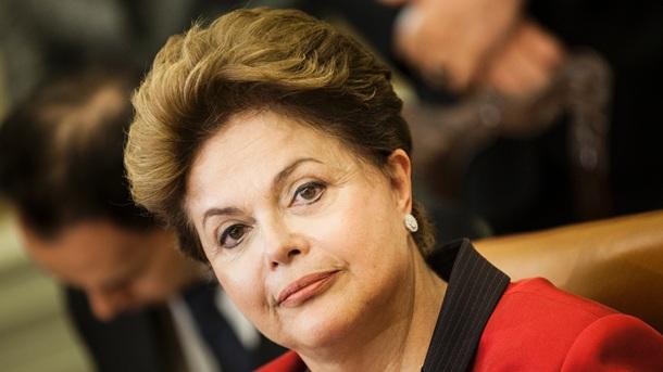 """</p> <p style=""""text-align: justify"""">A presidenta Dilma Rousseff vetou integralmente o Projeto de Lei 98/2002 que criava, incorporava, fundia e desmembrava municípios. No despacho presidencial ao Congresso, publicado hoje em edição extra no Diário Oficial"""