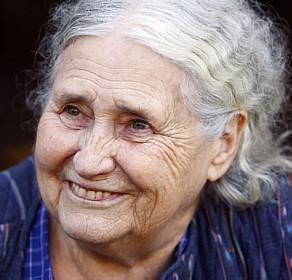 A escritora em 2007, após vencer o Prêmio Nobel<br />Foto: Reuters