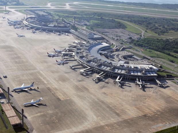 Os vencedores foram os consórcios que ofereceram os maiores lances para cada aeroporto.