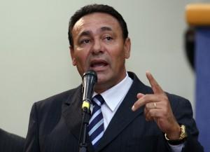 Carlão relata que desde o começo do ano, o partido tem procurado Bernal, tentando manter um diálogo, para poder assumir a secretaria.
