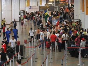 O presidente do Sindicato Nacional dos Aeronautas (SNA), Marcelo Ceriotti, disse que os aeronautas foram sensíveis à situação de fragilidade pela qual as companhias aéreas passam no momento. Ele ponderou, no entanto, que o reajuste ficou abaixo das ex