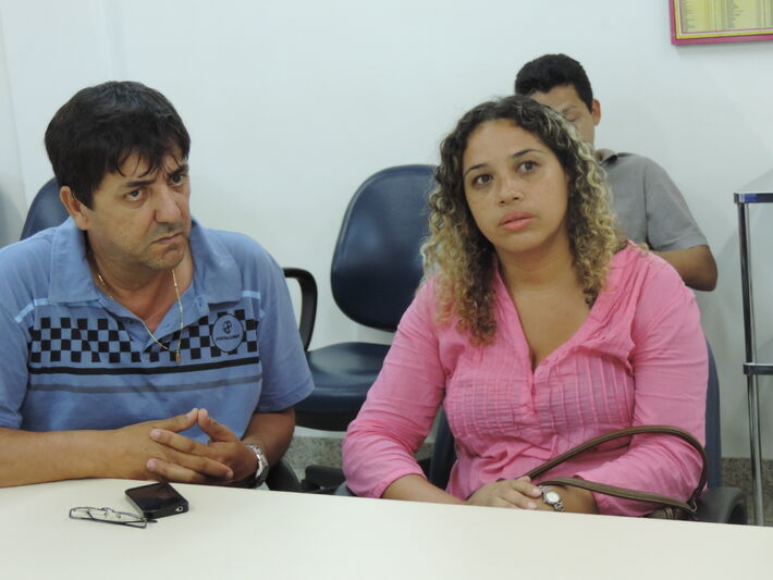 Roberto Botareli e a secretária Gisele. Foto: Clayton Neves