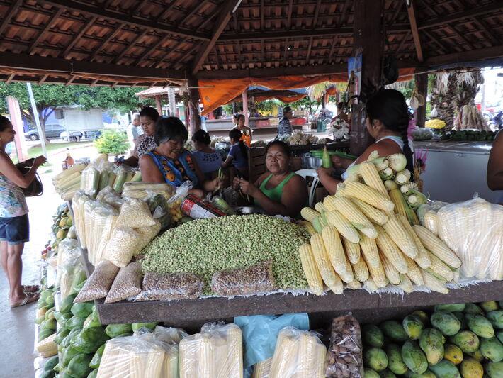 Enir da Silva Bezerra comemora o aumento nas vendas<br />Foto: Diana Christie