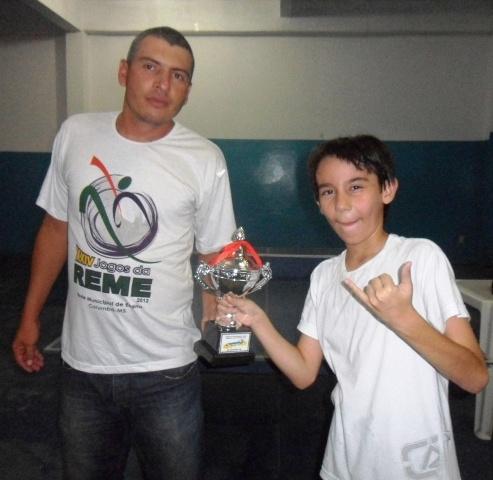 João Scherer, campeão no tênis de mesa