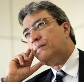 Déda estava em seu segundo mandato como governador; antes, foi deputado e prefeito de Aracaju<br />Foto: Wilton Júnior/Estadão