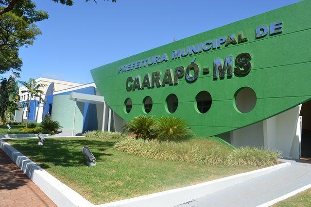 A prefeitura de Caarapó, através de da Secretaria de Educação e Esportes, estará realizando logo mais a noite, a partir das 19h, na praça central, a exposição dos trabalhos da rede municipal de ensino, ou seja a chamada 'Noite Cultural'.  Desde já a