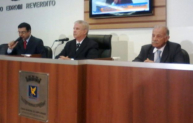 Flávio César, Edil Albuquerque e Jesus Sobrinho (advogado do prefeito)<br />Autor: Diana Christie